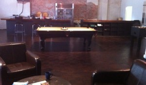 Sitting/meeting area, bar and pool table